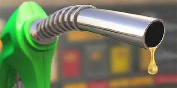 پٹرول اورڈیزل کی قیمتوں میں لگاتار اضافہ